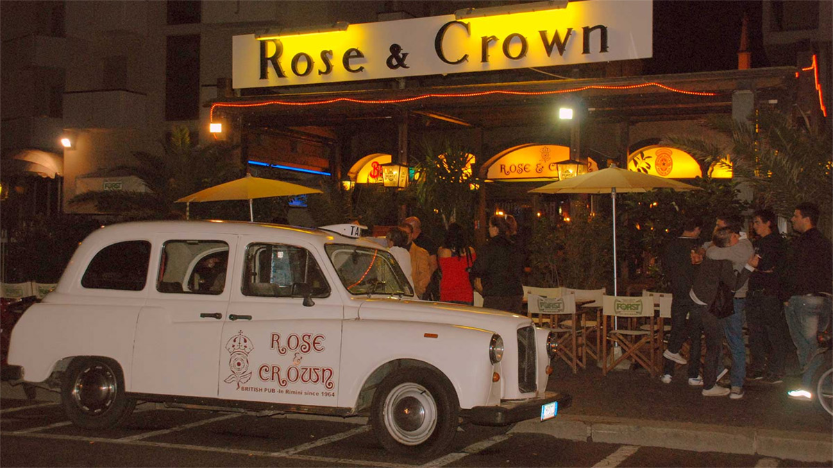 rose and crown pub rimini